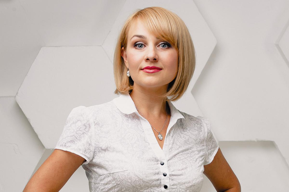 Девушка модель работы строительной организации модельное агенство ленск